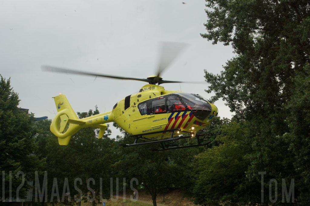 112Maassluis | Tom |Traumahelikopter geland voor aangereden kind in Maassluis
