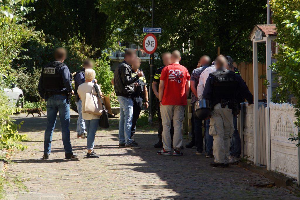 112Maassluis   Tom  Speciaal team politie doet inval in Maassluis; recherche doet onderzoek